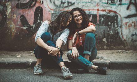 Sobre o bullyng sofrido e praticado na adolescência